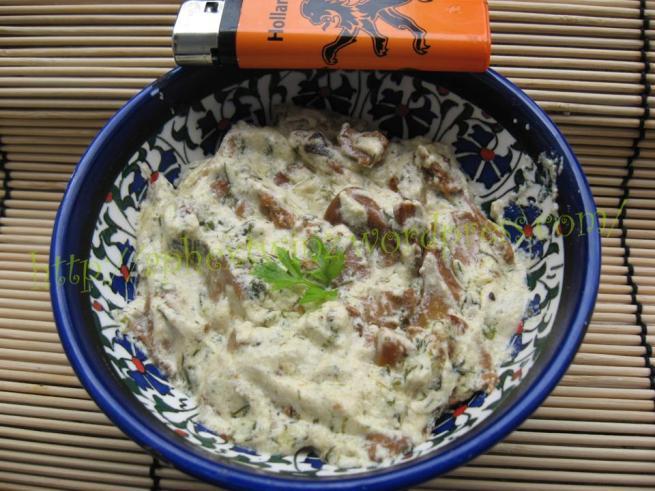 """Articole culinare : Salata cu """"carpaccio"""" si galbiori calzi"""