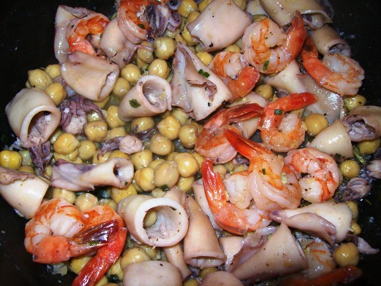 fructe de mare cu naut