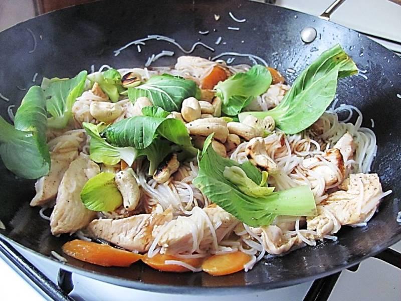 wok cu pui